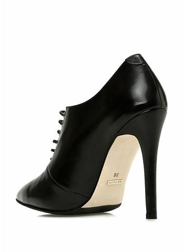 Beymen Collection İnce Topuklu Deri Ayakkabı Siyah